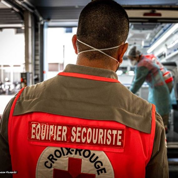 1000 kits Hygiene pour la Croix-Rouge des Yvelines